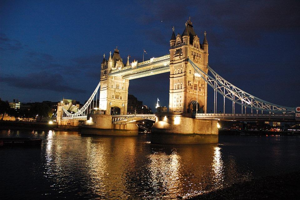 london-225940_960_720